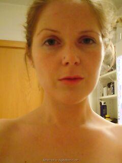 Умелая студентка кайфует от спермы на лице