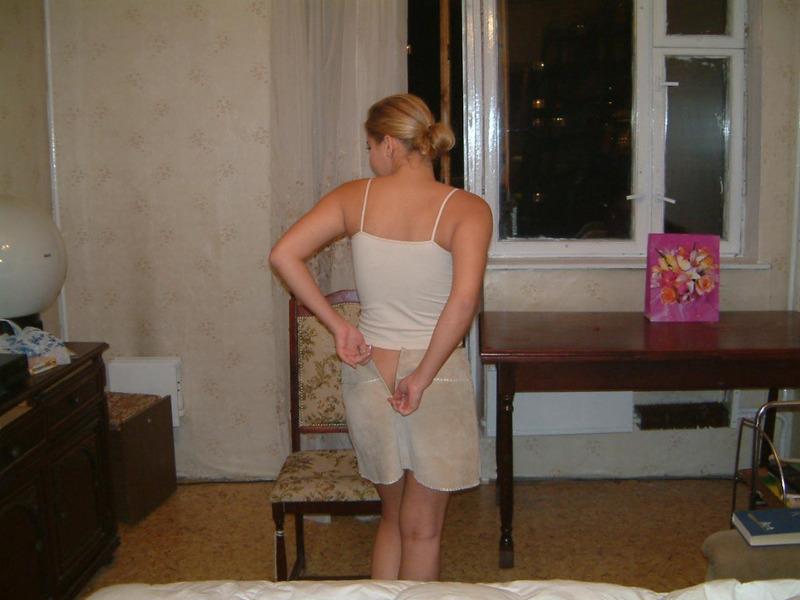 Бывшая доярка голышом на съемной квартире